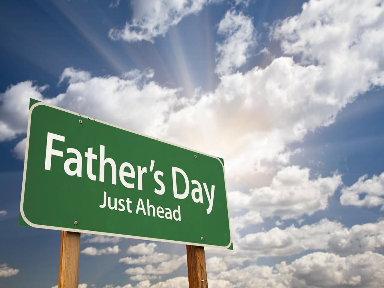 coming-fathers-day-2012-facebook-timeline-cover-photo